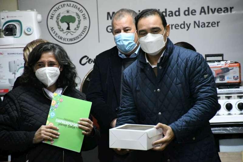 Valdés inauguró mejoras urbanas en Alvear y ratificó su compromiso con la localidad