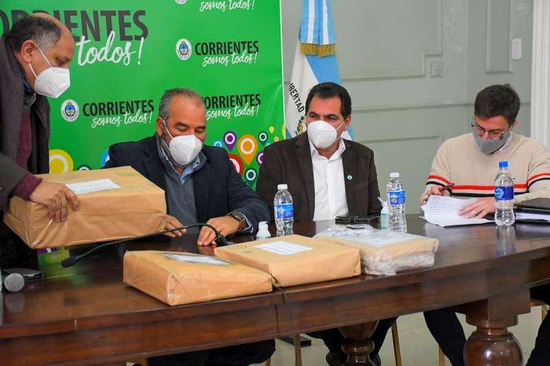 La Provincia licitó las obras de la Red Integral de Cloacas para Riachuelo y Santa Rosa
