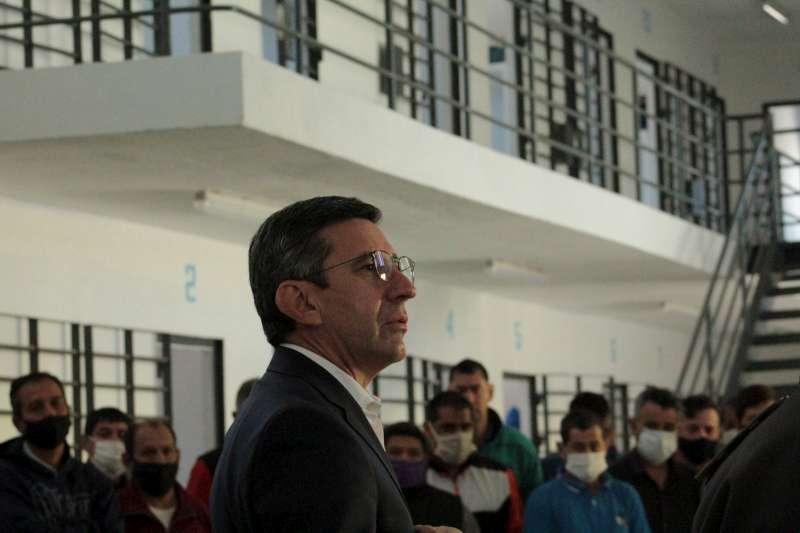 El ministro López Desimoni inspeccionó la Unidad Penal N° 1